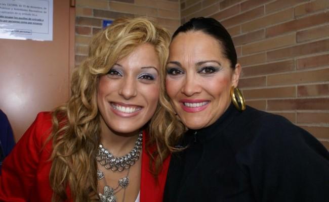 Anabella Aregui y Carmen Nuño en su visita