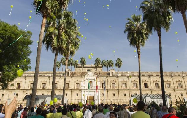 Miembros y familiares de FEAFES-Andalucía en un acto reciente
