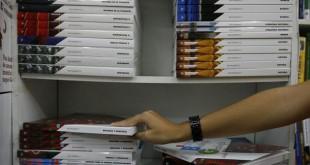 El material escolar incluye libretas, bolígrafos o lápices de colores, entre otros. / Víctor López