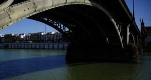 Imagen del Guadalquivir a su paso por Sevilla