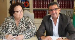La presidenta provincial de Cruz Roja, Amalia Gómez y el alcalde de Alcalá, Gutiérrez Limones