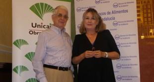 El Presidente de la Federación Andaluza de Bancos de Alimentos, Javier Peña, y la Directora de la Obra Social de Unicaja, Dolores Cano