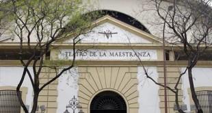 Fachada del Teatro de la Maestranza / Gogo Lobato