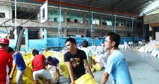 Distribución de comida en Filipinas / Solidaridad Don Bosco