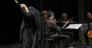 Momentos de la actuación de Cristina Hall con el cuarteto Castalia