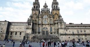 La plaza del Obradoiro, con la catedral de Santiago al fondo / ABC