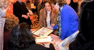 Nuevo Futuro recibió a los artistas en el Museo de Carruajes / L. A.