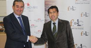 El gerente de la Fundación Cobre Las Cruces Juan Román, junto al presidente del Patronato de Proyecto Hombre Sevilla, Antonio Fragero / FCLC