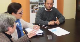 Un acuerdo permitirá que personas con discapacidad intelectual hagan prácticas en el Ayuntamiento de La Algaba