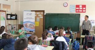 Talleres de cooperación internacional en los centros educativos de La Rinconada