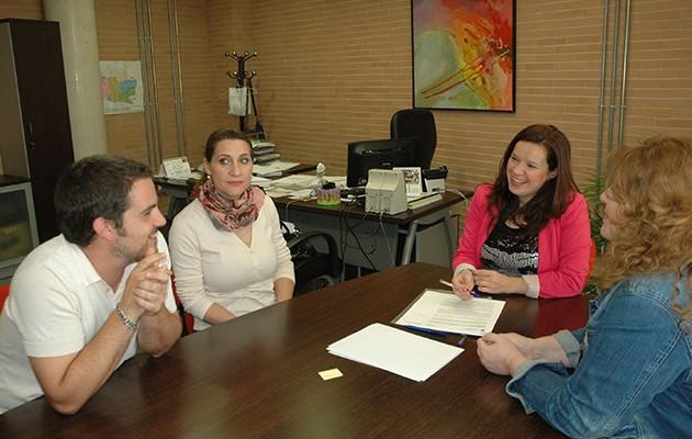 Firma del acuerdo de colaboración entre Asuntos Sociales y Cadena de Favores / AYUNTAMIENTO