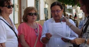 Lectura del Manifiesto por el Día Mundial de la Fibromialgia en San Juan / Asociación Fibroaljarafe