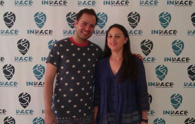 José Galán junto a la directora de Indace, Lola Serrano