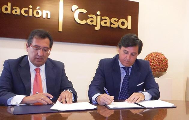 El presidente de la Fundación Cajasol, Antonio Pulido, y el presidente del Ciencias Club de Rugby, Marco Caruz / Foto: Ciencias Club de Rugby