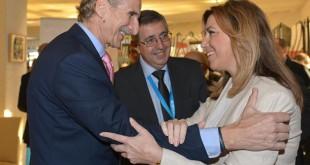 La presidenta de la Junta de Andalucía, Susana Díaz, y el presidente del comité español de Unicef, Carmelo Angulo, durante la inauguración del IV Congreso Internacional Solidaria y presentación del Informe Estado Mundial de la Infancia de UNICEF. EFE/Raúl Caro