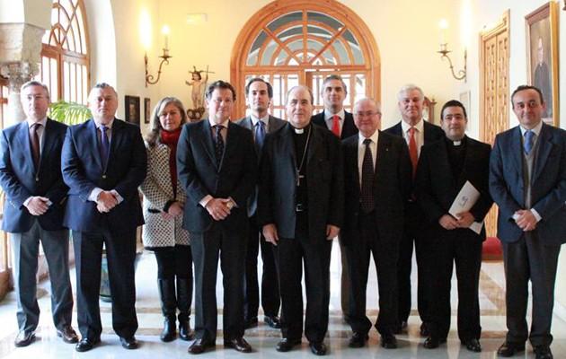 La Hermandad de la Paz firma un convenio de colaboración con la Fundación Diocesana de COF