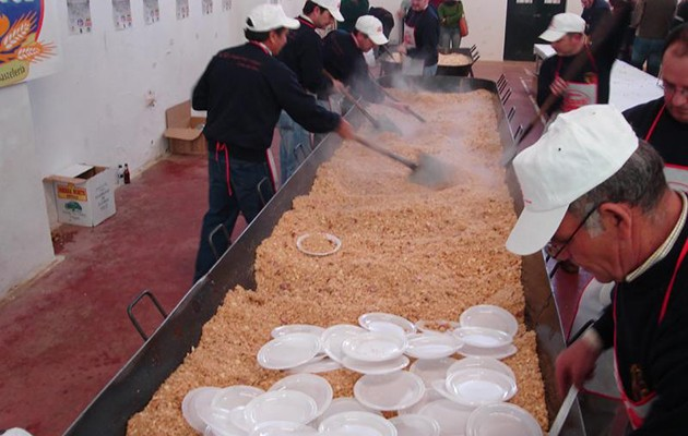 120 cocineros voluntarios participarán en la preparación de las migas / ABC