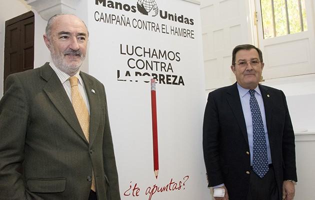 Juan José Morillas Rodríguez-Caso, responsable de medios de Manos Unidas, y Joaquín Sainz de la Maza, presidente delegado de Manos Unidas en Sevilla / L.A.