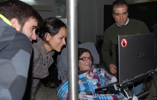 MagicEye permite mover el cursor del ordenador con los ojos / ELA Andalucía