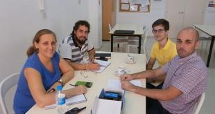 Equipo de trabajo compuesto por Olga Bautista Barea, Luis Arenas Bernal (de Autismo Sevilla), José Luis Barrera y Juan Aguilar Casado (de Fundación Ayesa) / Autismo Sevilla