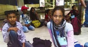 Niños saharauis en el aeropuerto de Sevilla para el programa Vacaciones en Paz 2015 / AAPSS