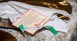 Detalle que entregaron Belén y Curro en su boda para explicar la donación a Cáritas