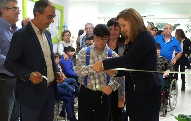 Adrián Márquez inaugura la exposición / foto: Europa Press - Diputación de Sevilla