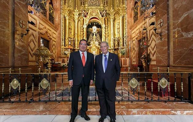 Antonio Pulido y Manuel García en la Basílica de la Macarena / Foto: Fundación Cajasol