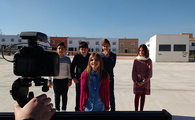 Niños, niñas y adolescentes han participado en un vídeo en el que se hace balance de los avances en derechos de infancia que han experimentado sus localidades / Unicef