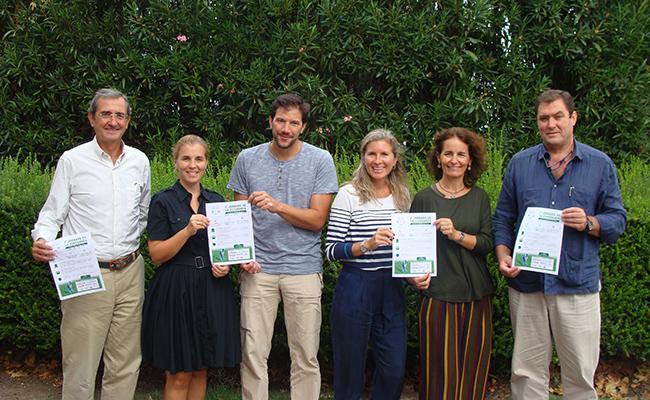 Foto de familia de los organizadores. ABC