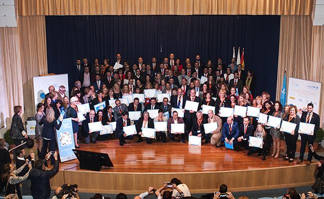 La familia de Ciudades Amigas de la Infancia en la entrega de Sellos de CAI y reconocimientos de Buenas Prácticas / Unicef