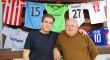 Las camisetas de fútbol del nazareno Carlos Ojeda vuelven a tener un fin solidario