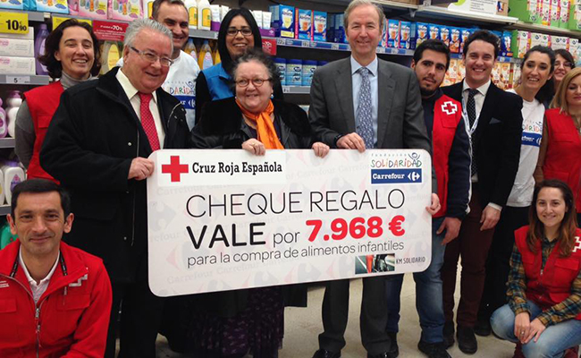 Carrefour dona cerca de euros a cruz roja de dos for Valla infantil carrefour
