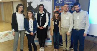 Miembros de la delegación sevillana con el equipo de Autismo Europa / Autismo Sevilla