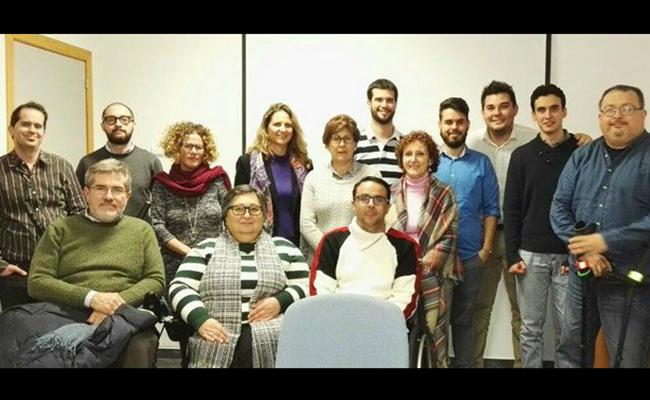 En la imagen miembros de la Asociación Alcalá Accesible