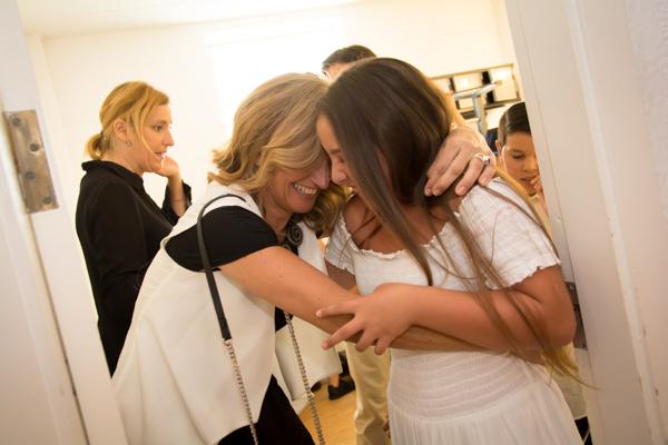 Blanca Parejo con una de las chicas que aportan el cante / L.A.