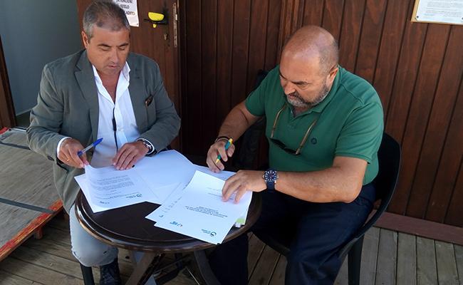 Manuel Terriza, gerente de Fundación SSG; y Juan Manuel Rodríguez Galisteo, presidente de Asociación La Gaviota