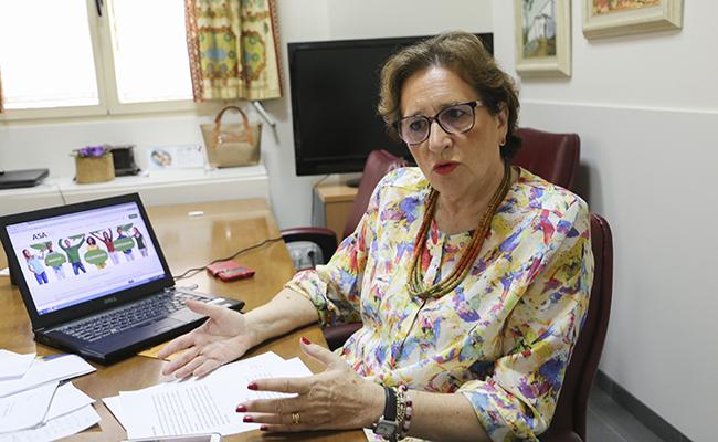La vicepresidenta de ASA, Ana Pandurro, en la sede de Beatriz de Suabia / Rocío Ruz