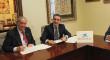 """Obra Social """"la Caixa"""" apoya con 25.500 euros la asistencia social de la Hermandad de la Macarena"""