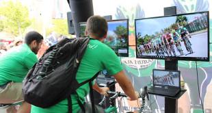 La Bicicleta Solidaria ha acompañado a La Vuelta en cada etapa / Caja Rural