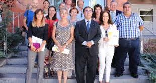 Vicente Guzmán y Elodia Hernández junto a los representantes de las asociaciones / Foto: UPO