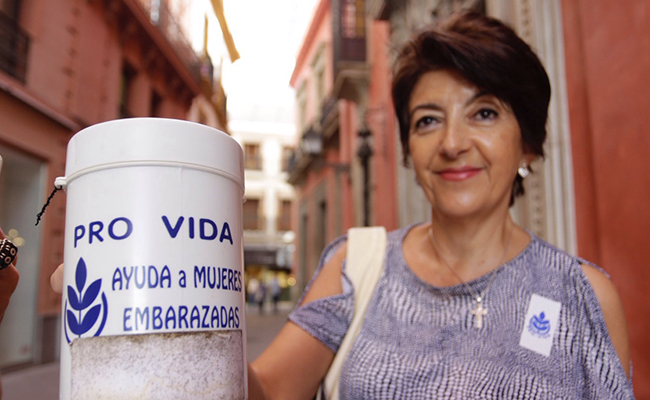 ProVida sale a la calle a la calle para recaudar dinero. FOTO: VANESSA GOMEZ