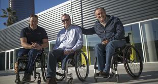 Arturo Montes, en el centro, junto a Javier Reja y Luis Redondo / MJ. López Olmedo