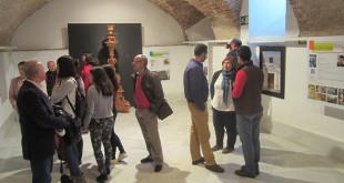 Sala de exposiciones en los bajos del Ayuntamiento de Carmona