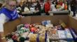Sevilla se vuelca con la gran recogida del Banco de Alimentos