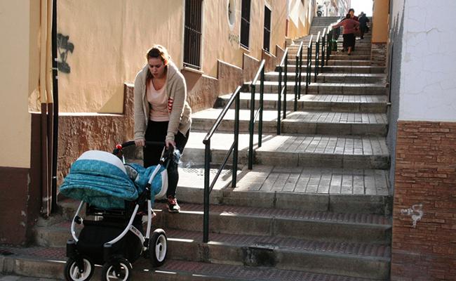 Imagen de un punto de Alcalá que presenta problemas de accesibilidad / ABC