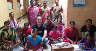 Juan Luis Muñoz Escassi en uno de sus viajes a La India