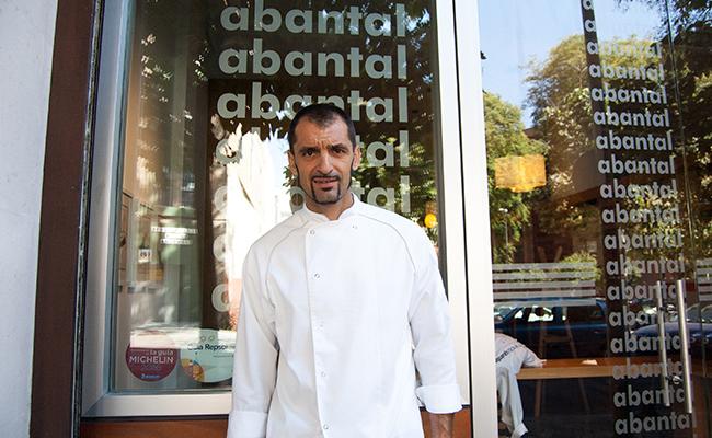 Julio Fernández Quintero, chef del restaurante Abantal / Foto: Rafa Sánchez