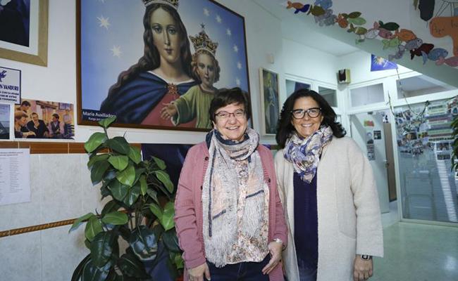 Susana González Fadrique junto a Sor Loli Moreno Entrena, directora de la Fundación Mornese / Foto: Rocío Ruz