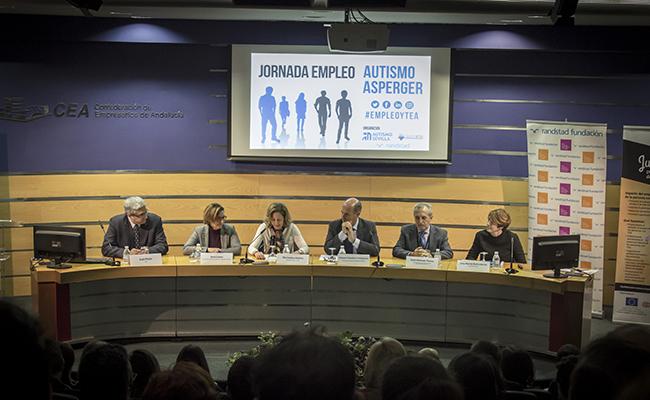 Mesa inaugural de la jornada / Autismo Sevilla